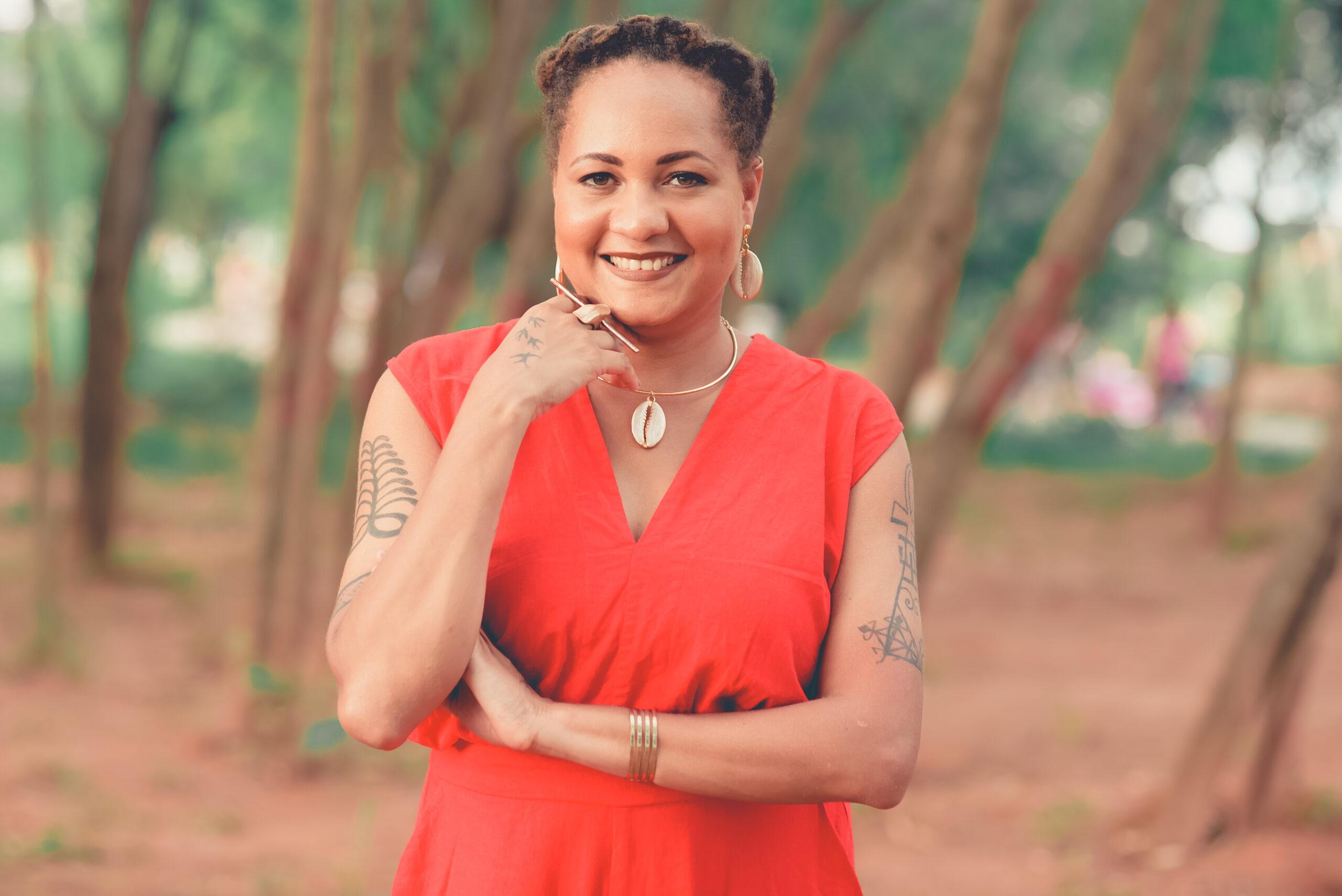 Aza Njeri participou da Sala Paulo Freire de março, com a aula 'Matriarcado Africana: perspectivas pluriversais'